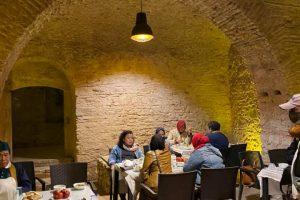 hpttourtravel.com-restaurant-unik (1)