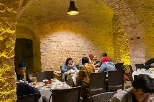hpttourtravel.com-restaurant-unik (8)