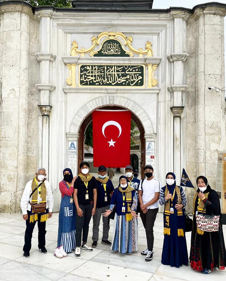 hpttourtravel-ayub-al-anshori-mosque