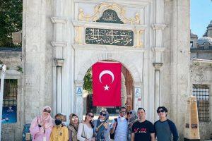hpttourtravel-Eyub-Al-Ansari-Mosque-002